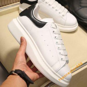 Платформа Классические Повседневная обувь Мужская Женская обувь Мода кожаные Lace Up White платформа Женская обувь с коробкой