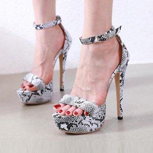 Yaz Moda Retro-Romen Ayakkabı Yüksek topuklu Kadınlar Açık Önü platformu sandalet Nightclub Toka Kadın Ayakkabı zapatos de mujer