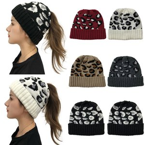 2020 Woman winter warm wool knit hat for woman lady fashion Paisley winter ponytail cap Skullies Casual Outdoor beanie hat