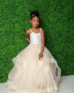 Champagne Lace Flower Girl Dresses Ball Gown Spaghetti Tiers Little Girl Wedding Dresses Vintage Communion Pageant Dresses Gowns Z85