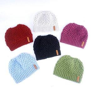 Sombreros hechos punto gorrita tejida de lana caliente sólido de punto de malla orejeras muchachas de los sombreros de Skullies Invierno Gorros manera ocasional del capo Sombrero Sombrero LSK888