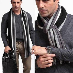JODIMITTY hiver Designer écharpe rayée hommes écharpe de coton Homme Marque Shawl Wrap tricot cachemire Bufandas long rayé avec pompons C0926