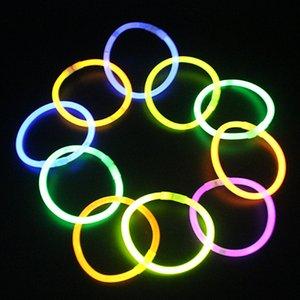 lueur jouets bâton avec Tik Tok même style Sept couleurs Light Emitting jouets bâton 2020 vente don de l'enfant