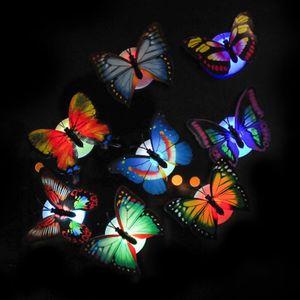 Pared de la mariposa 3D LED luces luz colorida de la mariposa de fibra óptica de flash para Wall partido del acontecimiento de la etiqueta engomada de la lámpara de noche pequeña
