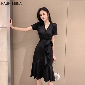 KAUNISSINA solide cocktail à encolure en V Robe longueur au genou noir coréenne Homecoming Robe dames d'été Robes de soirée