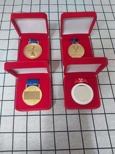 2019 medallas LP Ganador 4 / set con medallas caja de terciopelo de Oro de fútbol Club de aleación como colecciones o regalos de Kopites