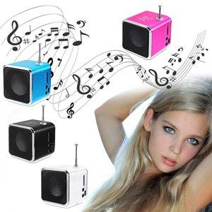Портативный TdV26 Цифровой FM-радио спикер Mini FM-радио приемник с ЖК-Stereo Speaker Card Поддержка Micro TF