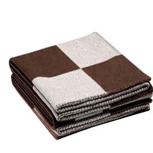T-miss inicial de la letra H de la cachemira de punto la manta del tiro de ganchillo de lana a cuadros de sofá / Silla / asiento de amor / autocaravana manta mantón Epacket gratuito