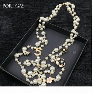 Simulierte-Perlen-Korn-Ketten-Halskette hohle Kamelie Blumen lange Halskette Schmuck Geschenk cc Kanal Halskette