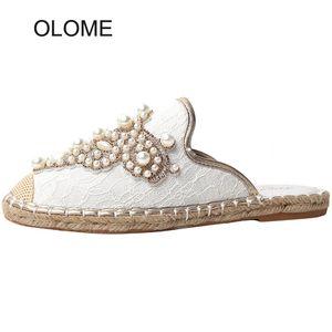 2020 Spring nuovi pattini delle donne di marca di modo Mules signore eleganti Tempo libero pantofole femminili diapositive casuale con Pearl Zapatos de mujer
