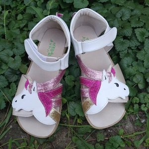 TipsieToes Top Marque Barefoot véritable fille en cuir Younth Sandales New Zigzig semelle