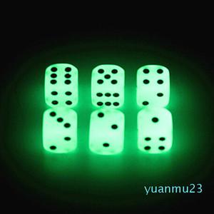 Atacado-Luminous Dice 16 milímetros D6 incandescência Dice Bosons Jogos de Beber para o partido engraçado do jogo de Família Pub Bar Brinquedos bom preço Alta Qualidade # S2