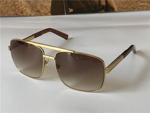 Neue Mode Klassische Sonnenbrille Haltung Sonnenbrille Goldrahmen Square Metallrahmen Vintage Stil Outdoor Klassisches Modell 0259