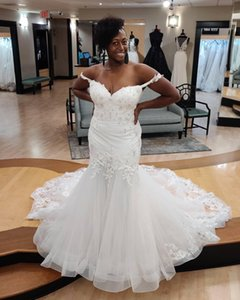 Arabic Off Shoulder Lace Mermaid Wedding Dresses 2021 with Beaded Appliques Sweep Train Tulle Plus Size Bridal Gowns Aso Ebi