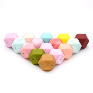 2020 Gıda Sınıfı Yeni Renkler Toptan BPA Ücretsiz Gıda Sınıfı Bebek Diş Çıkarma 14mm 17mm Hexagon Silikon Boncuk Bebek Emzik