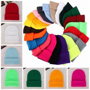 Clásico Slouch Beanie punto unisex de gran tamaño de la gorrita tejida de Soild del color de invierno caliente al aire libre Viajes casquillo de lana elástico Hip Hop sombreros LJJP13 krdt #