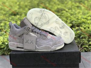 KAWS Basketbol ayakkabıları 2020 Ayakkabılar Hava 4 X KAWS Koyu Erkek Açık Basketbol Ayakkabı Sneakers Gri Beyaz Glow Soğuk