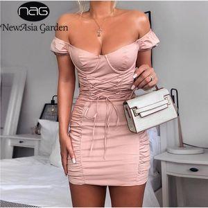 Puff partito del vestito dal manicotto di estate delle donne fuori dalla spalla sexy Vestito aderente corsetto di pizzo fino stretto mini increspati del vestito da colore rosa