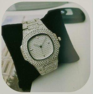 Iced Out Guarda diamante della vigilanza op di marca di lusso per donne degli uomini di quarzo quadrate impermeabile da polso Relogio Masculino oro