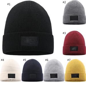 Chapeau de designer Hiver chapeau de laine d'hiver Les chapeaux tricotés plus velvet chaud avec logo xd23989
