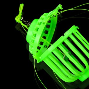 Luminous Angelhaken Fall Fischköder Baskets Feeder mit 6 Stahlhaken Karpfen Sphärische Explosion Haken in der Nacht Fluoreszenz-Gerät-Köder-Cages