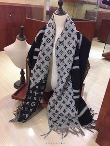 lã cashmere Primavera grade de Inverno lenço 2019 mulheres Hot Carta cachecol xale Womens arco-íris marcas lenço elegantes longos lenços das senhoras envoltório