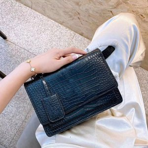 top 3A classic wallet handbag ladies fashion clutch bag soft leather fold messenger bag fannypack handbag with box wholesale