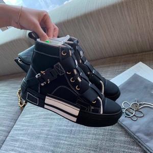 Stivaletti di Martin New Caviglia Stivaletti Moda Casual Mens Scarpe Military Style Style High Top Canvas Scarpe da donna Boots Botines Stiefel
