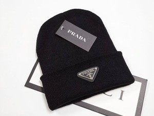 Yeni Beanies Örgü Şapka Tasarımcı Kış Erkekler kadınlar Tığ Kayak Cap k1 için Kalın Beanie bir gorro Bonnet Kafatası Şapka Isınma
