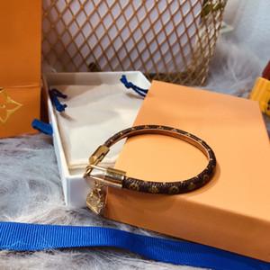 Louis Vuitton 18CM الحب موضةلويس أساور جلدية تبقي لرجل إمرأة المصممين قفل الأزواج V معصمه زهرة أنه نمط سوار المجوهرات e5Xd #