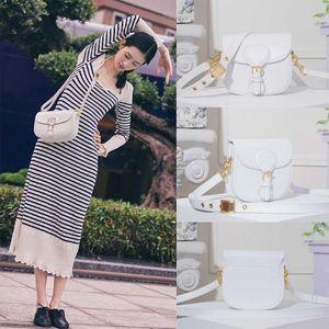 2020 newborn dioss BOBBY luxury womens girls designer classic flap bag Monograms Messenger Shoulder bag bumbag crossbody handbag  222 NKlY#