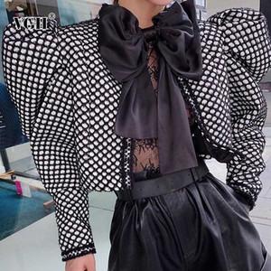 VGH Casual Plaid Mulheres Coats O Neck Puff manga comprida túnica Ruched Hit Cor Magro Jaqueta Curta Mulher Moda Roupa 2020