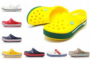 Hot Cool Vente- été Sandal Designer Crocse Femmes Hommes Sandales Piscine extérieure Chola Chaussures de plage Slip On Garden Casual Douche Eau Crock Sable