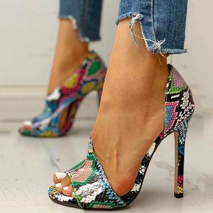 Женщины насосы Новые ботинки Sexy Высокие каблуки дамы партии стилет Увеличители Женский Серебряная свадьба Змея печати Каблуки Zapatos Ui Горячие