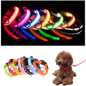 الياقة STOCK LED نايلون كلب ليلة السلامة LED ضوء وامض توهج في الظلام كلب صغير الكلب المقود الحيوانات الأليفة الياقة اللمعان السلامة