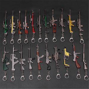 Llavero de batalla en 3D del juego 10-12cm Playerunknown 21 estilos PUBG llavero colgante cacerola niños divertidos accesorios pistola de juguete AHA867