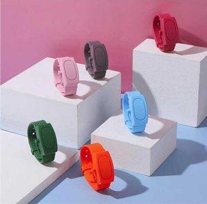 2020 Distributeur Désinfectant pour les mains Bracelet Bracelet Sanitizer Dispensing Portable Wristband 10ml Sanitizer Support de gel de silicone Bracelet Wrap