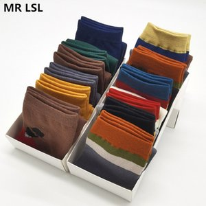 10 pair lot New Fashion Harajuku Men's cotton socks Colorful Interesting Happy Cotton Casual Dress Socks For man size 39-44