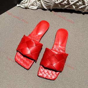 2020 kadın terlik kare katır ayakkabı tabanlık Nappa kuzu derisi kadın Ayakkabılar sandalet lüks bayan düz sandaletler en kaliteli boyutu 35-42 yüksek nereye