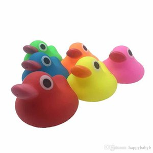 Kids Bath Duck Toy Baby Bath Water Sounds toys 7*6CM Big Yellow Rubber Ducks Children Swiming Beach Gifts