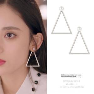 십년 3월 30일 gulinaza Yuanlai 진주와 삼각형 진주 실버 니들 귀걸이 여성의 귀걸이