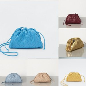 2020 femmes LE BEURRE EN SACHET CALF Oversize d'embrayage dans Exceptionnellement Supple concepteur sacs à main Cuir de veau sacs à main de luxe femmes Nuage KLYf #