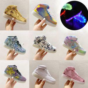 Kinder-Kind-Baby-LED leuchten Forcey One 1s Beleuchtung Soles Weiß Silber Metallic Gold Turnschuhe Schuhe Kleinkind Hoch Top Energy Light Up af1s