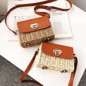 Superior2020 Article Plaited Straw Woman All-match Oblique Tide Satchel Single Shoulder Package Texture Small Square