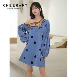 CHEERART İşlemeli Leopar Kedi Kapalı Omuz Saten Elbise Kadınlar Uzun Kollu Mavi Mini Polka Dot Kısa Elbise Kore Giyim
