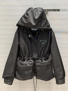 Giacca moda per le donne Poliammide calda di alta qualità di vendita del rivestimento shirt con cappuccio cappotto Traingle Per Lady Outwear 2020 Prd