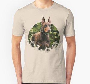 الرجال قصيرة الأكمام التي شيرت دوبيرمان الغابة التمويه الزهور للجنسين T قميص المرأة تي شيرت