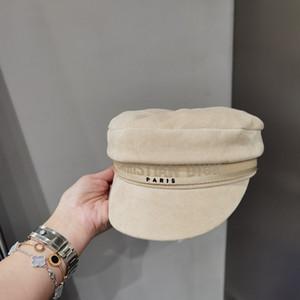Мода берета женщины восьмиугольной Cap Черного вельвет газета HAT женщины осенью и зимой шляпа YD023