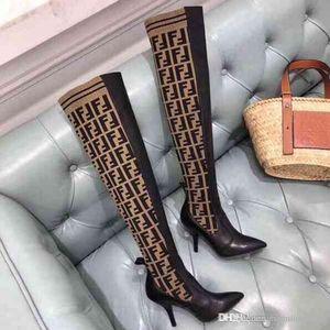 Neue Ankunft 2020 Art und Weise Luxus-Frauen-Absatz Stretch-Stricksocke Stiefel über die Knieaufladungen Breathable elastischen Damen Winterstiefel