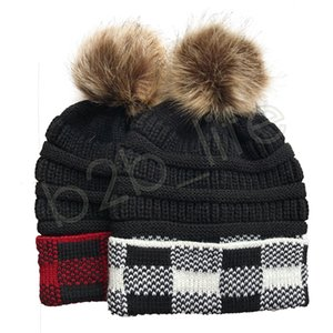 Women Pom Beanies Ponytail Knitted Hat Beanie Plaid Gorras Bonnet Pom Removable Hats Girl Hat Red And Black Caps GGA3741